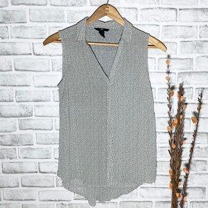 H&M High low button Down Sleeveless Shirt Sz 6